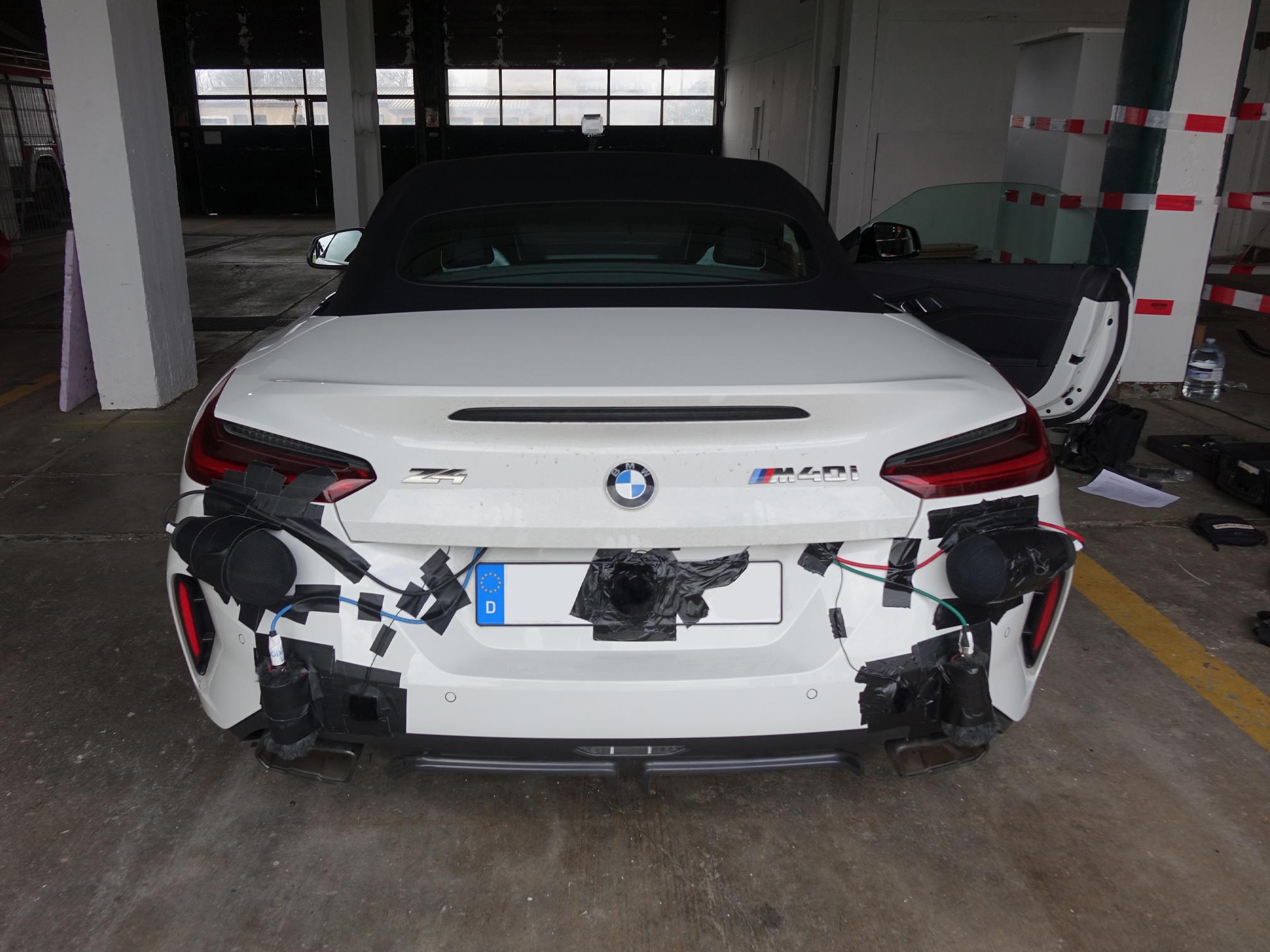 BMW Z4_nolicenseplate2